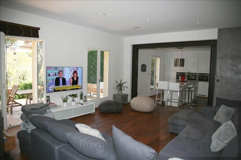 Deluxe sale house / villa Mallemort 590100€ - Picture 2