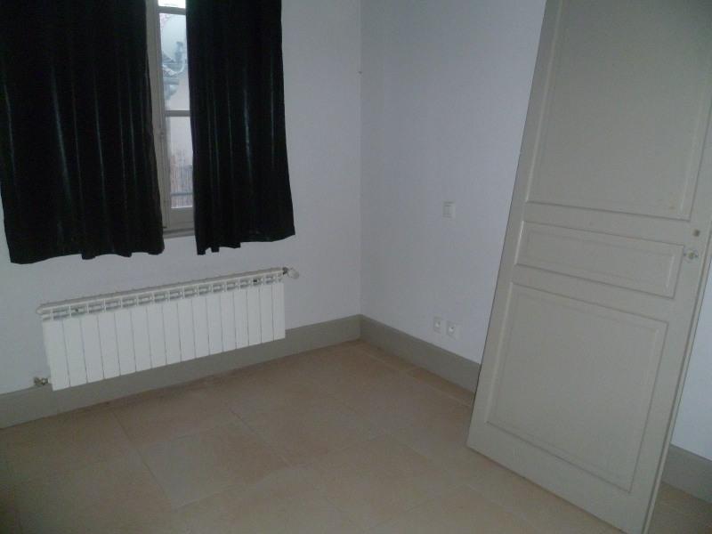 Location appartement Beaucaire 643€ CC - Photo 5