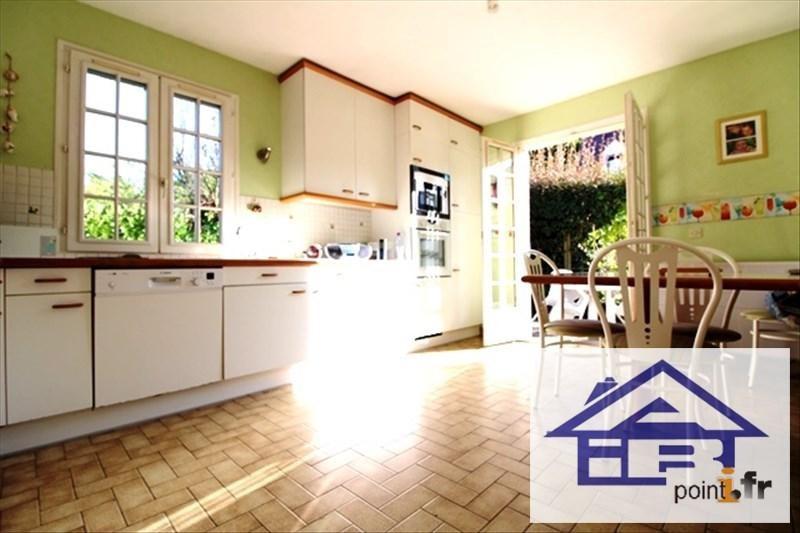 Sale house / villa Mareil marly 690000€ - Picture 4