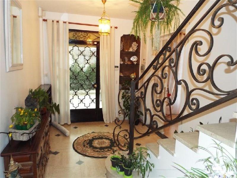 Sale house / villa Ste genevieve des bois 579000€ - Picture 2