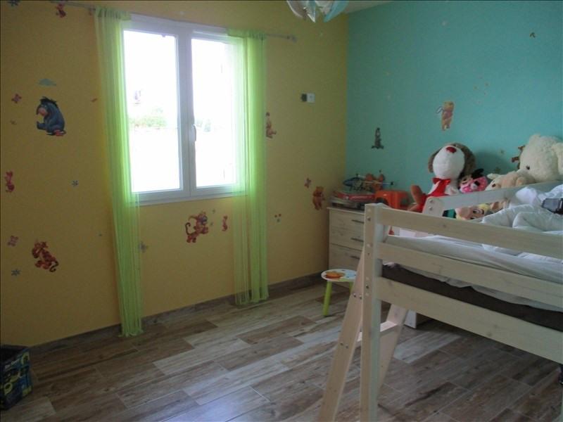 Sale house / villa St julien de l escap 154425€ - Picture 4