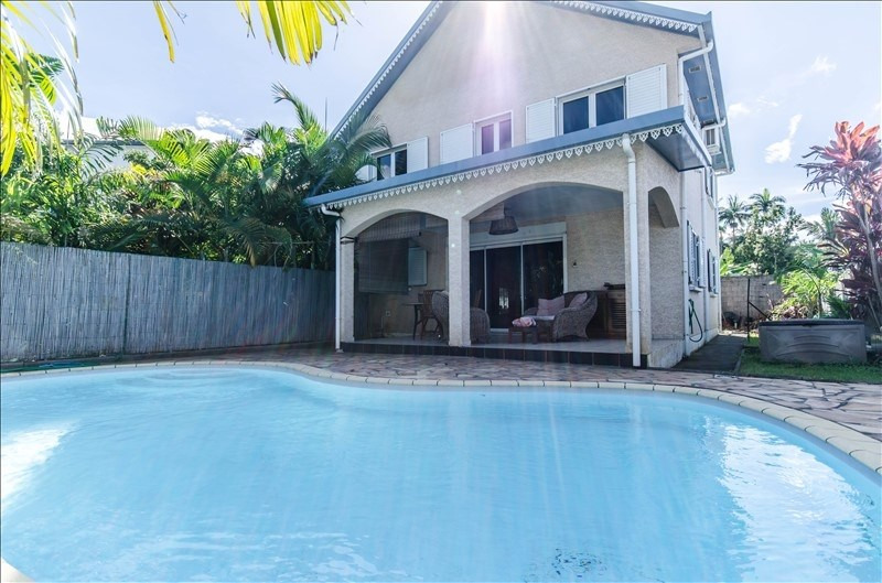 Sale house / villa La riviere 287800€ - Picture 2