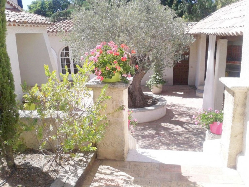 Deluxe sale house / villa Sainte-maxime 1 300 000€ - Picture 3