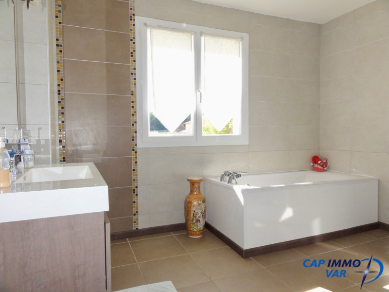 Sale house / villa Le castellet 475 000€ - Picture 10