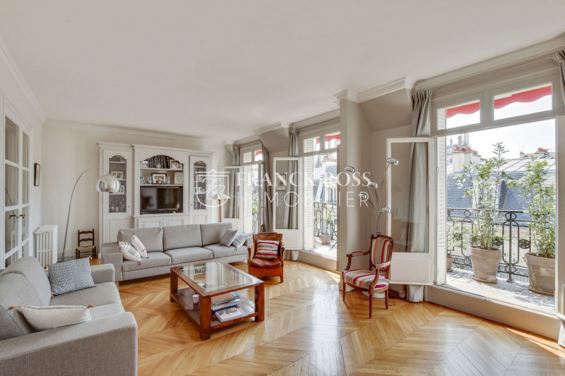 Location appartement Paris 17ème 5 500€ CC - Photo 2