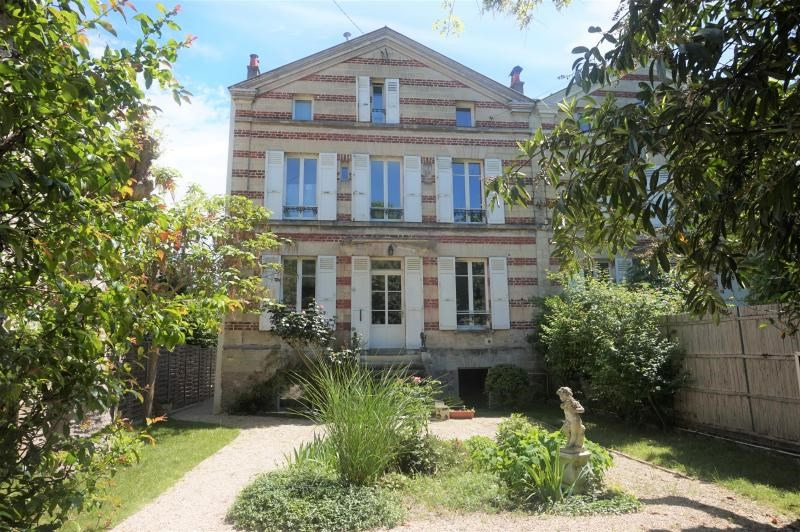 Location maison / villa Chatou 3990€ CC - Photo 1