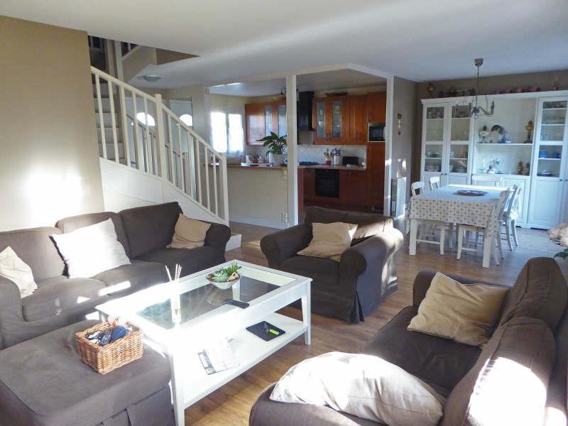 Sale house / villa Elancourt 379900€ - Picture 2