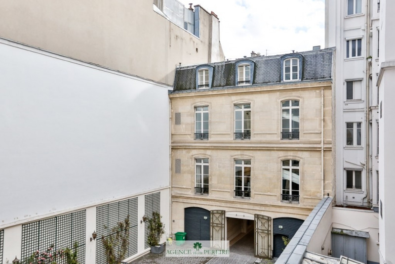 Deluxe sale apartment Paris 9ème 1 495 000€ - Picture 7