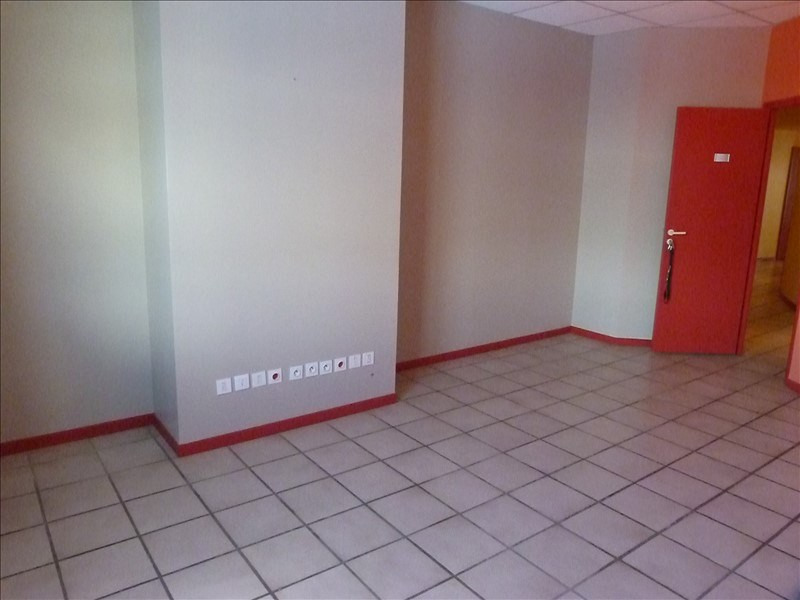 Location local commercial Baie mahault 60 000€ CC - Photo 5