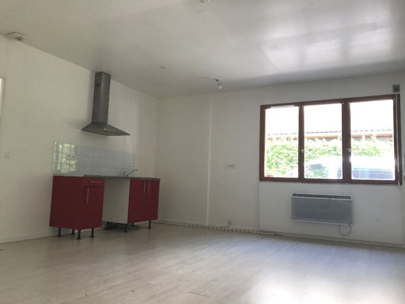 Location appartement Nozay 770€ CC - Photo 2