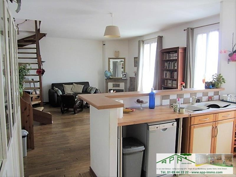 Sale apartment Athis mons 249 500€ - Picture 2