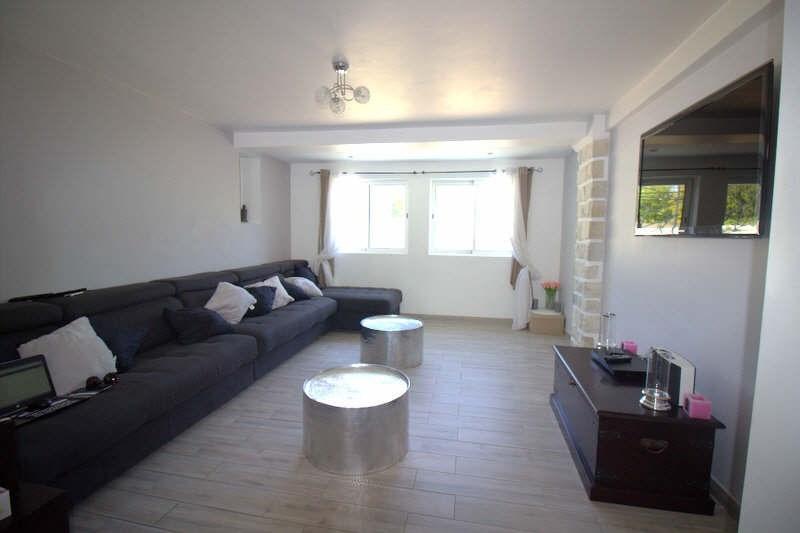 Vendita casa Noves 379000€ - Fotografia 6