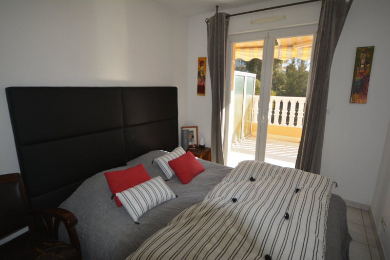 Vendita appartamento Antibes 338000€ - Fotografia 8