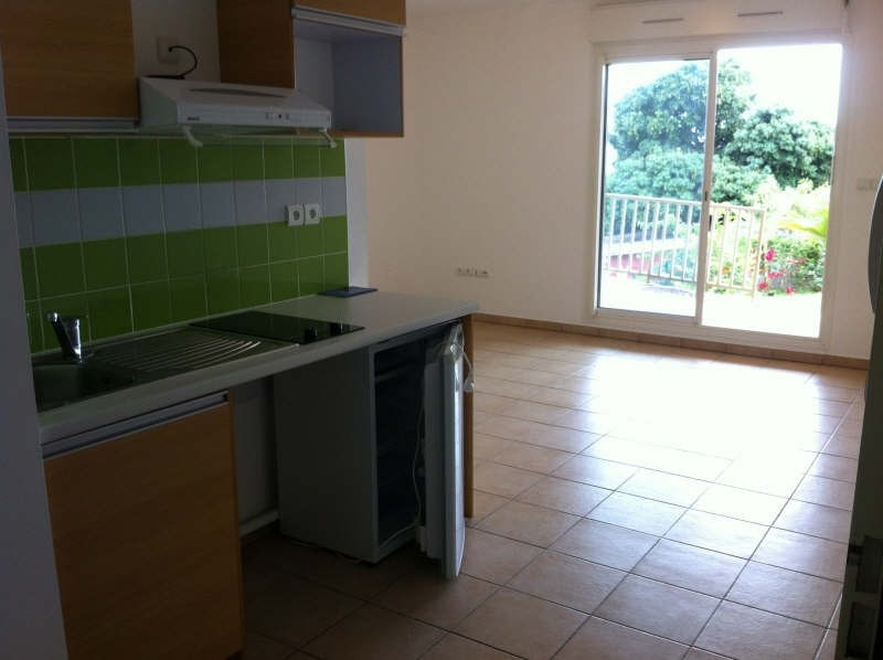 Location appartement Ste clotilde 380€ CC - Photo 1