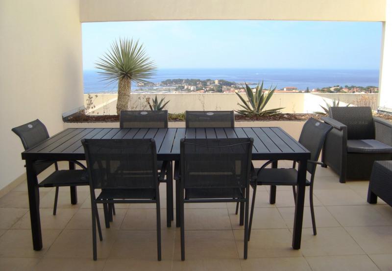 Location vacances appartement Bandol 525€ - Photo 1