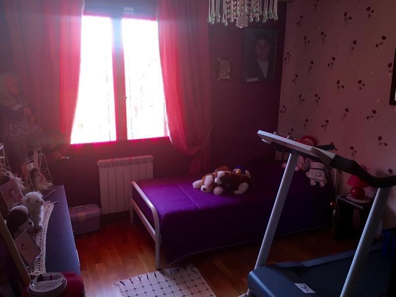 Sale house / villa Bulles 330000€ - Picture 11