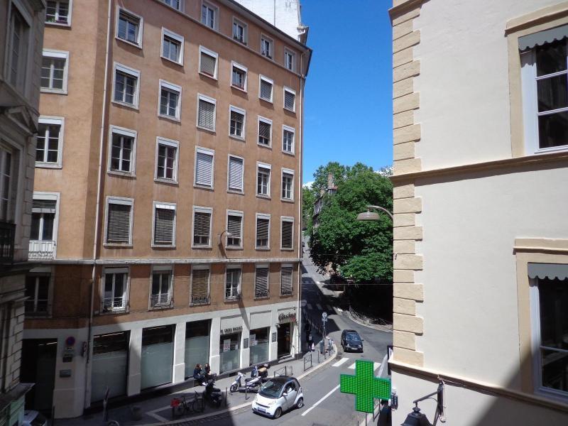 Location appartement Lyon 1er 600€ CC - Photo 3