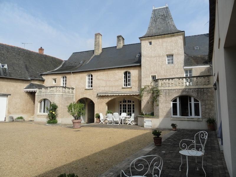 Deluxe sale house / villa Angers sud est 30 mm 680000€ - Picture 1