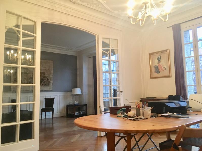 Rental apartment Paris 8ème 3200€ CC - Picture 3