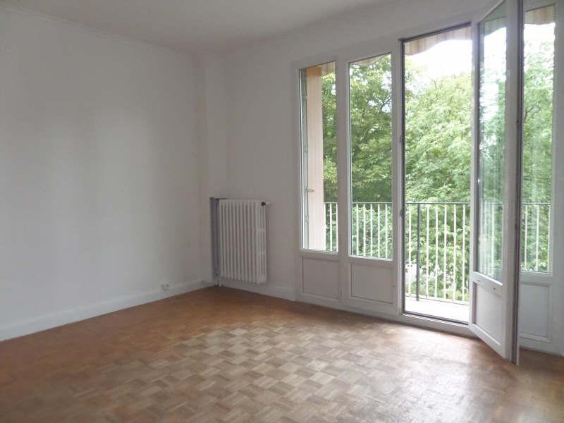Sale apartment La celle st cloud 215000€ - Picture 1