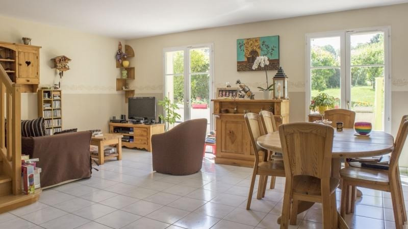 Vente maison / villa Thoiry 400 000€ - Photo 4