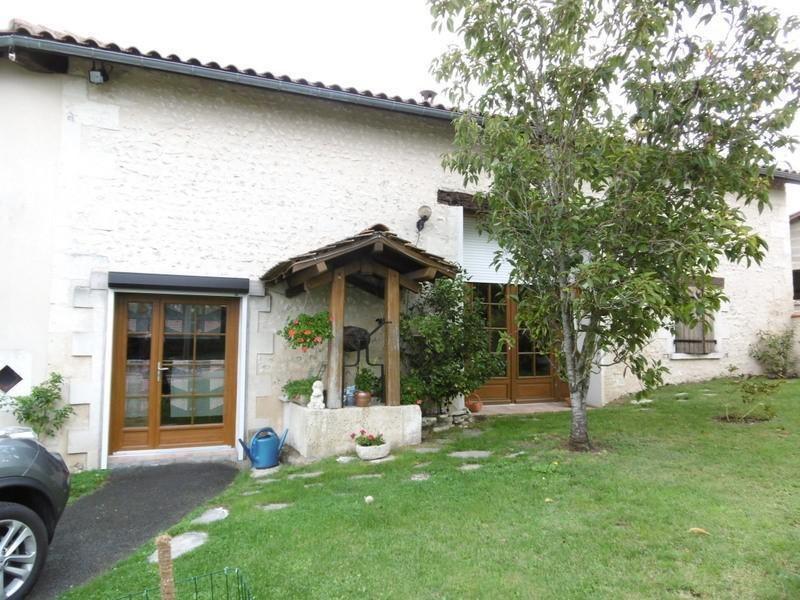Sale house / villa Chalais 240000€ - Picture 1