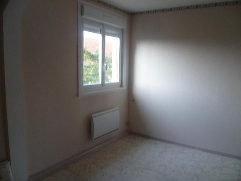 Location appartement Clairmarais 450€ CC - Photo 3