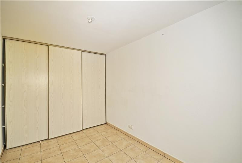 Sale apartment St denis 118000€ - Picture 2
