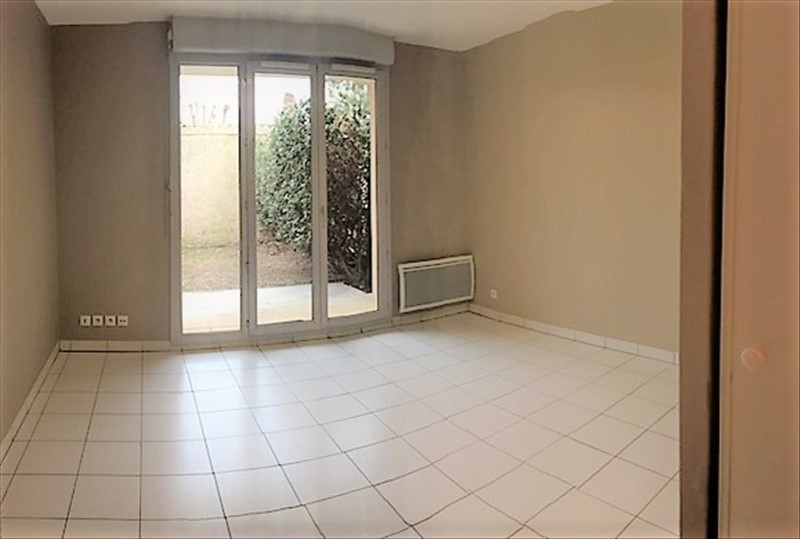 Rental apartment Aucamville 433€ CC - Picture 1