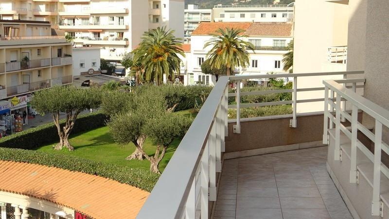 Vacation rental apartment Cavalaire sur mer 900€ - Picture 17