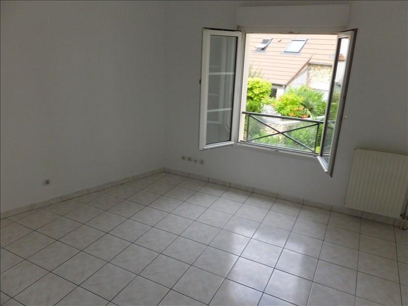 Affitto appartamento Montigny le bretonneux 785€ CC - Fotografia 2