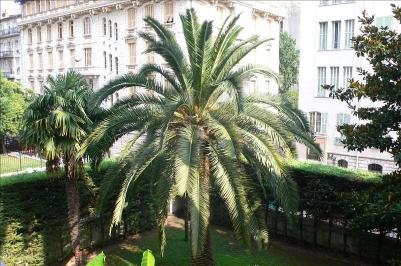 Sale apartment Nice 275000€ - Picture 1