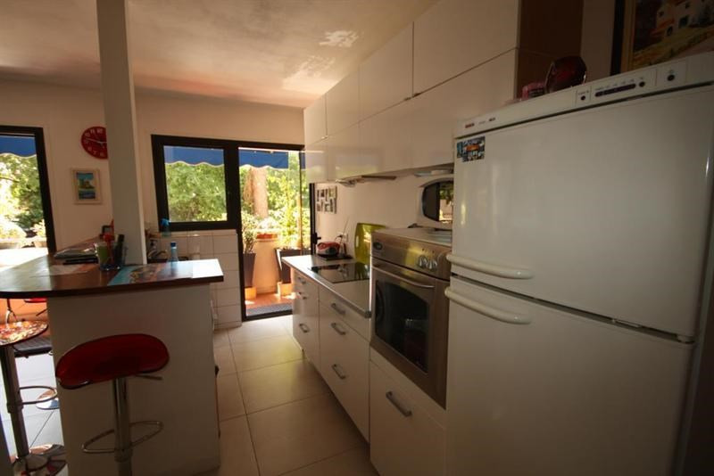 Sale apartment Antibes 212 000€ - Picture 3