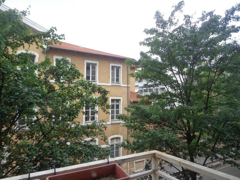 Location appartement Lyon 6ème 988€ CC - Photo 3