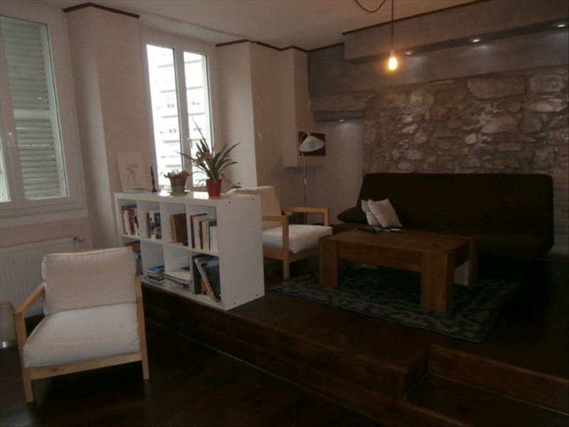 Rental apartment Chambery 697€ CC - Picture 2