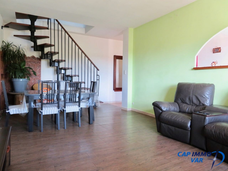 Vente appartement Signes 215000€ - Photo 4