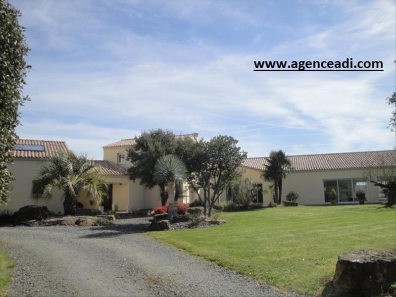 Vente de prestige maison / villa Secteur la creche 590000€ - Photo 1