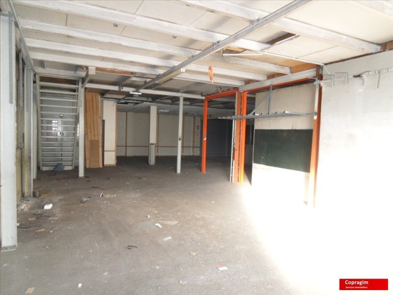 Location local commercial Montereau fault yonne 1 100€ HT/HC - Photo 1