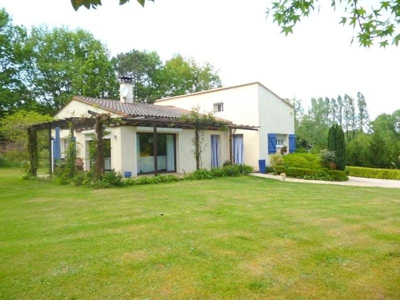 Sale house / villa St antoine sur l isle 232000€ - Picture 3