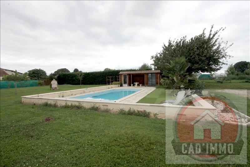Sale house / villa St pierre d eyraud 214000€ - Picture 2