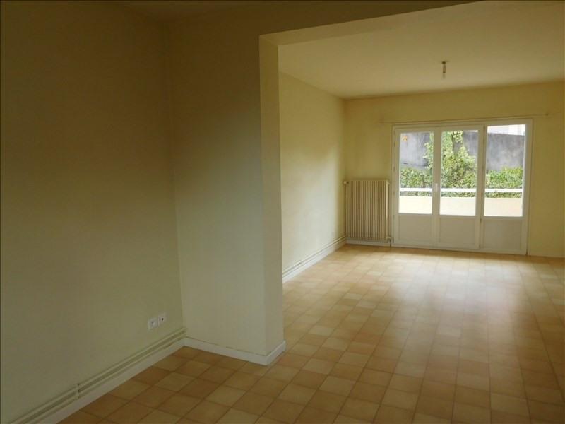 Rental apartment Le puy en velay 491,75€ CC - Picture 2