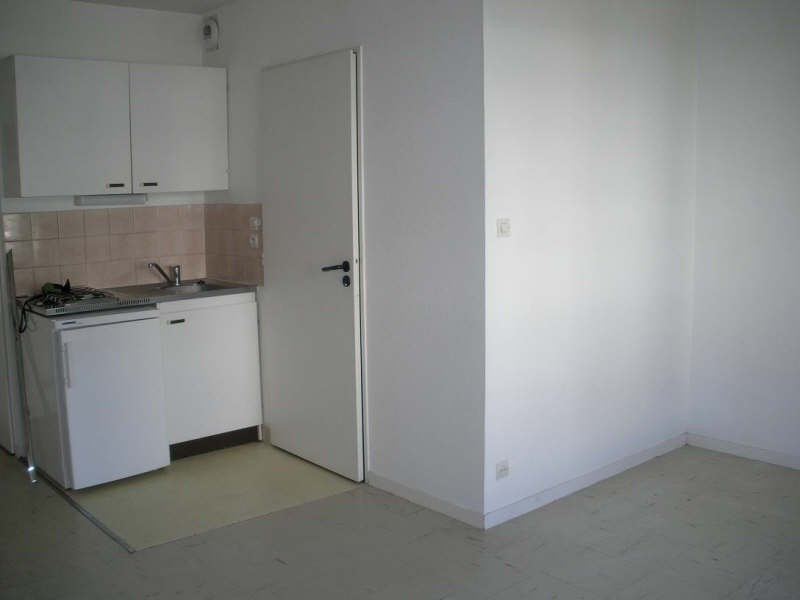 Rental apartment Brest 333€ CC - Picture 2