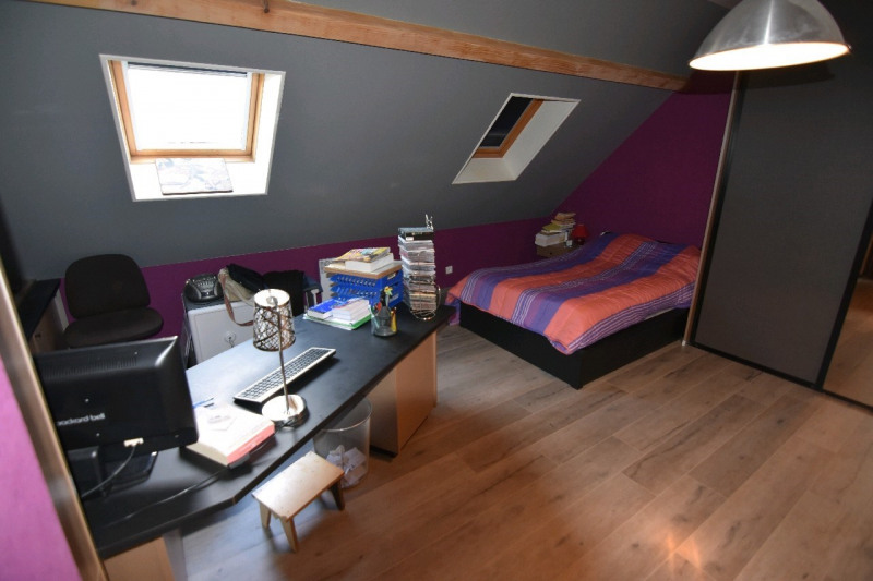 Sale house / villa Neuilly en thelle 273000€ - Picture 5