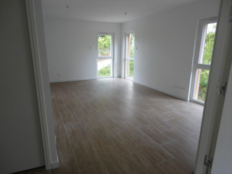 Rental apartment Orsay 1 003€ CC - Picture 2