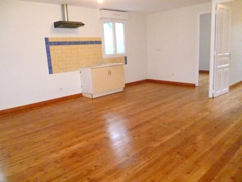 Location appartement Vals-les-bains 452€ CC - Photo 3