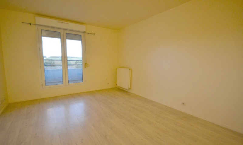 Rental apartment Plaisir 500€ CC - Picture 3