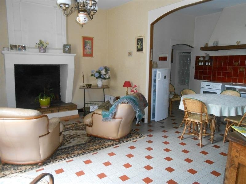 Sale house / villa Montlieu la garde 214000€ - Picture 4