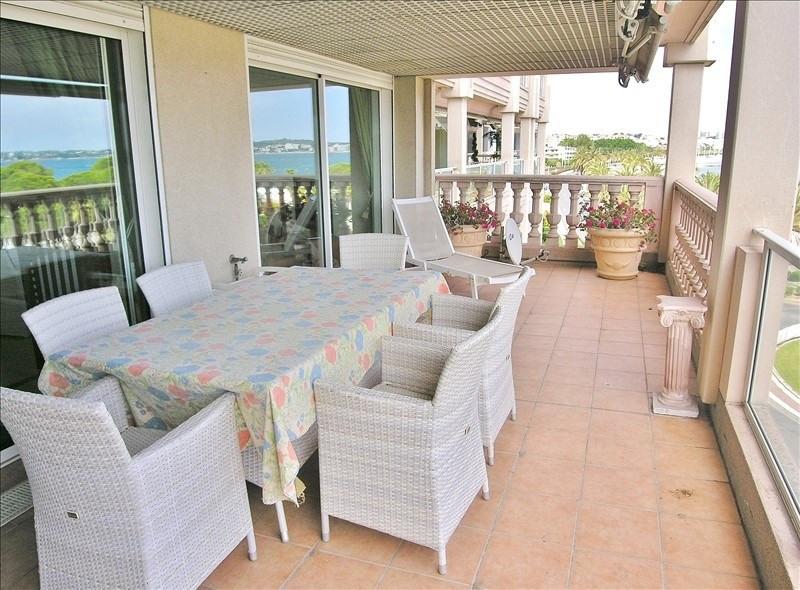 Deluxe sale apartment Le golfe juan 850000€ - Picture 4