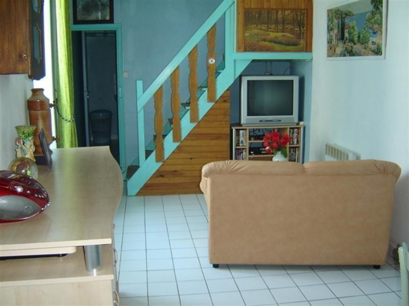 Sale house / villa Exterieur st jean d'angely 69875€ - Picture 3