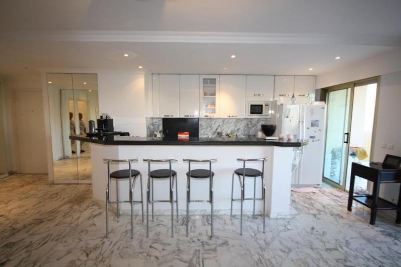 Sale apartment Juan-les-pins 590000€ - Picture 3